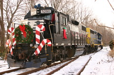 Browns Yard Santa Train 2005