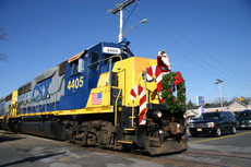2006 Brown's Yard Santa Train