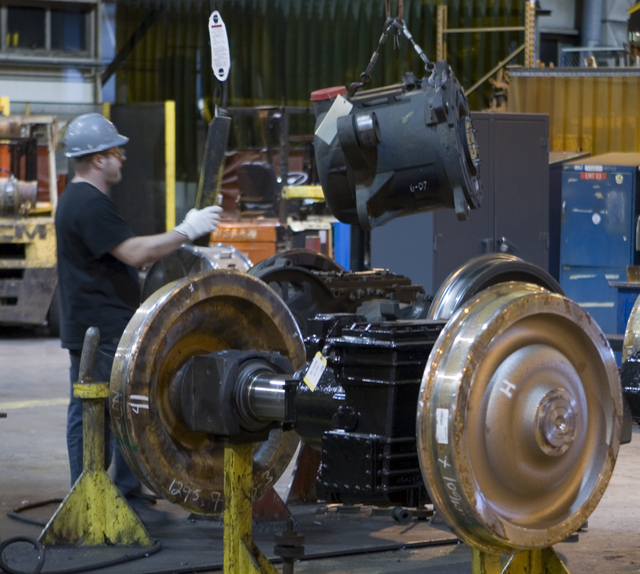 Changing a traction motor
